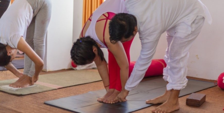 100-hour-beginners-yoga-course in-rishikesh-india